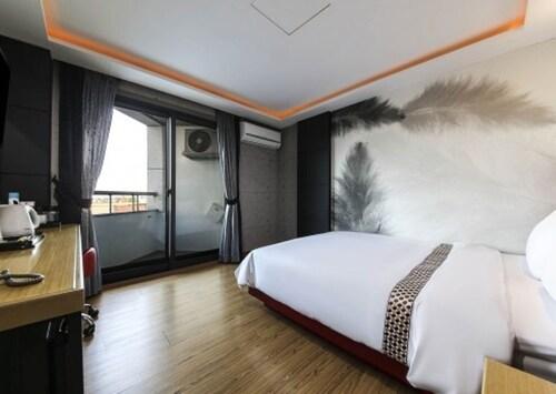 Hotel Memory, Gangneung