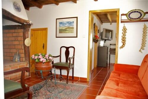 House With 3 Bedrooms in Salir de Matos, With Furnished Garden - 25 km, Caldas da Rainha