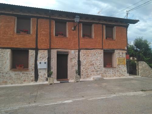 Apartamentos Turísticos Julia, Soria