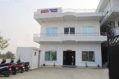 Hotel Daisy Park, Lumbini