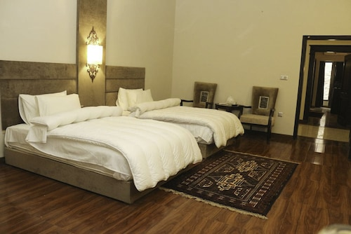 Shelton's Rezidor Swat, Malakand