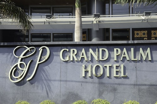 Grand Palm Hotel, Lahore