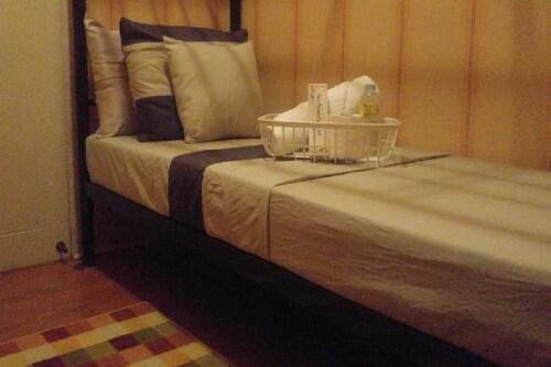 Travellers Transient Lodge Mandaluyong - Hostel, Mandaluyong