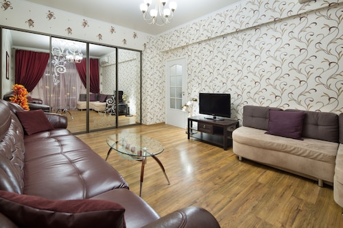 MosApts Apartment at Kiyevskaya, Western