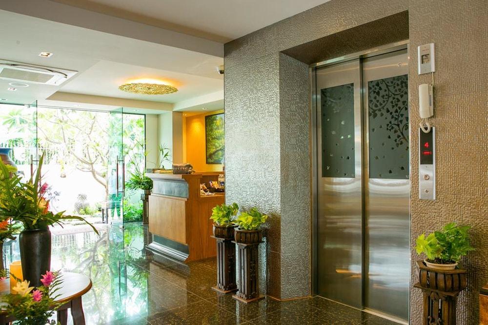 パトラ フラッシング ブティック ホテル