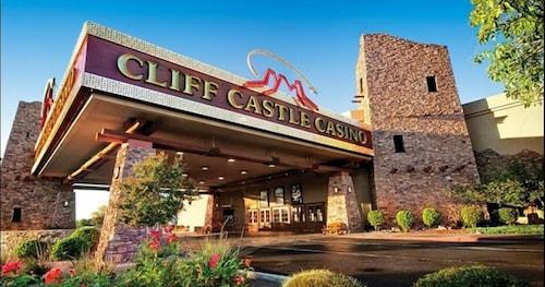 . Cliff Castle Casino Hotel