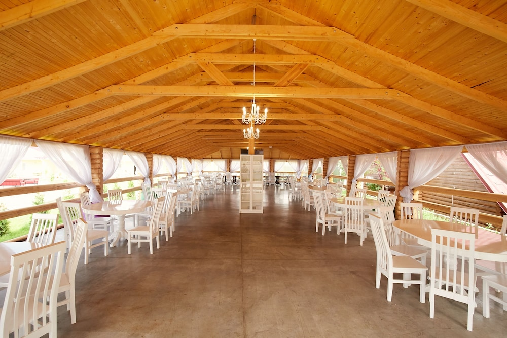 Отель «Райский дворик»