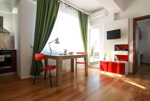 Rotara Apartments, Iasi