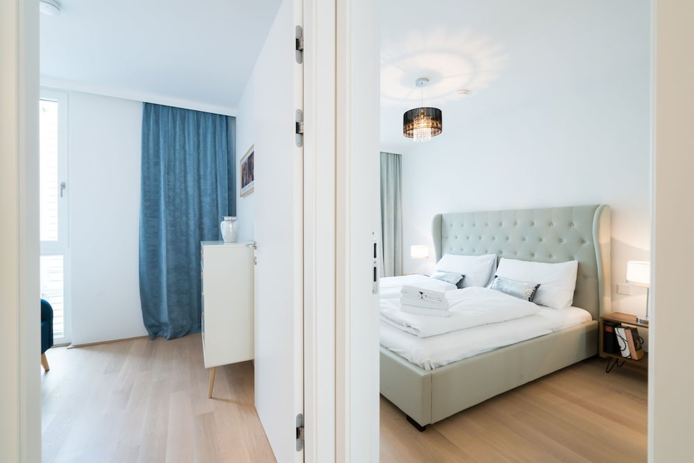 Vienna Residence Spacious Apartment for up to 4 Guests Directly at the