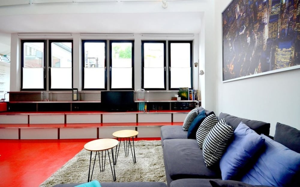 Vienna Residence Luxury Apartment for 4 With Rooftop Terrace and Uncom