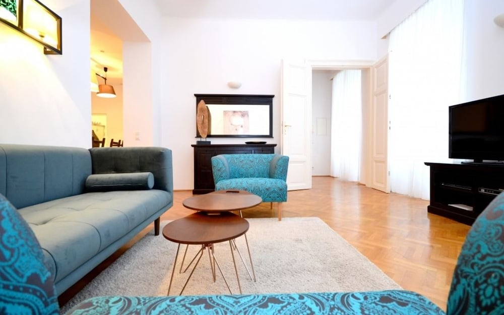 Vienna Residence Quiet Apartment With Space for up to 6 People