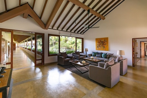 Taru Villas - The Long House, Bentota