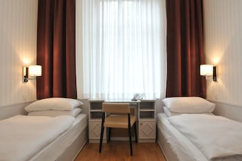 Economy Twin Room, 2 Twin Beds