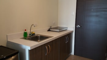 MY CITY HOME AT VINIA RESIDENCES Private Kitchenette