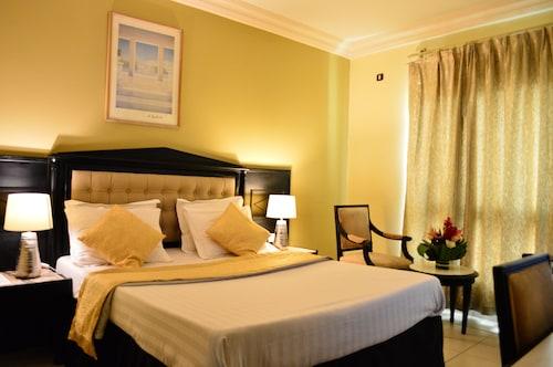 Hotel Makepe Palace, Wouri
