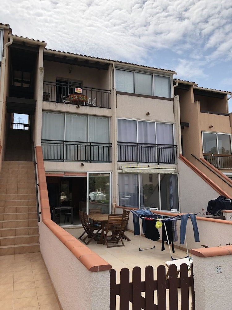 Apartment With 2 Bedrooms in Saint-cyprien, With Furnished Balcony - 600 m From the Beach