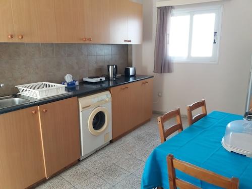 Lidia Apartment,