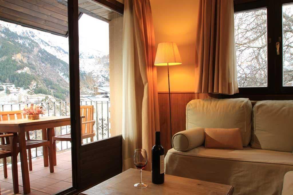 Aparthotel Sarrato, Huesca