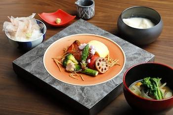 LUXURY HOTEL SOWAKA Breakfast Meal