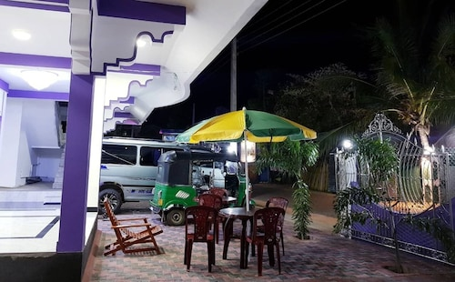SNP Star Guesthouse, Trincomalee Town and Gravets