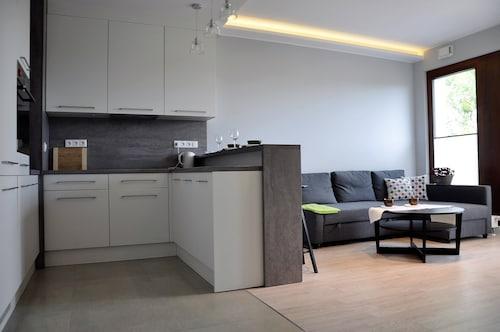 . Prudentia Apartments Moko Residence