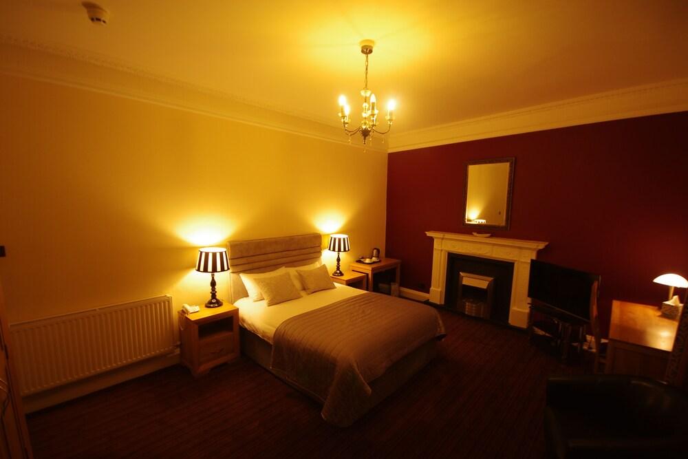Spilman Hotel, Carmarthenshire
