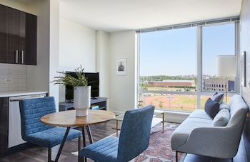 Airy 1BR in Lower Allston by Sonder photo