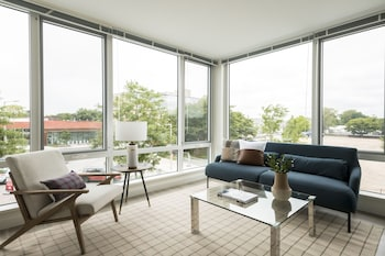 Sunny 2BR in Lower Allston by Sonder photo