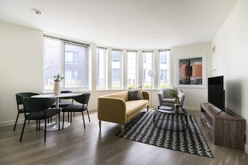 Sophisticated 2BR in Lower Allston by Sonder photo