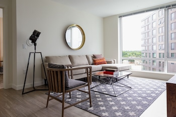 Spacious 2BR in Lower Allston by Sonder photo