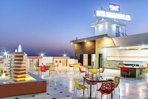 . Hotel Nawalgarh Plaza