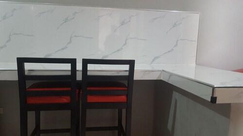 Modern Suites, Mabalacat