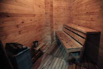 NEW CROWN HOTEL Sauna