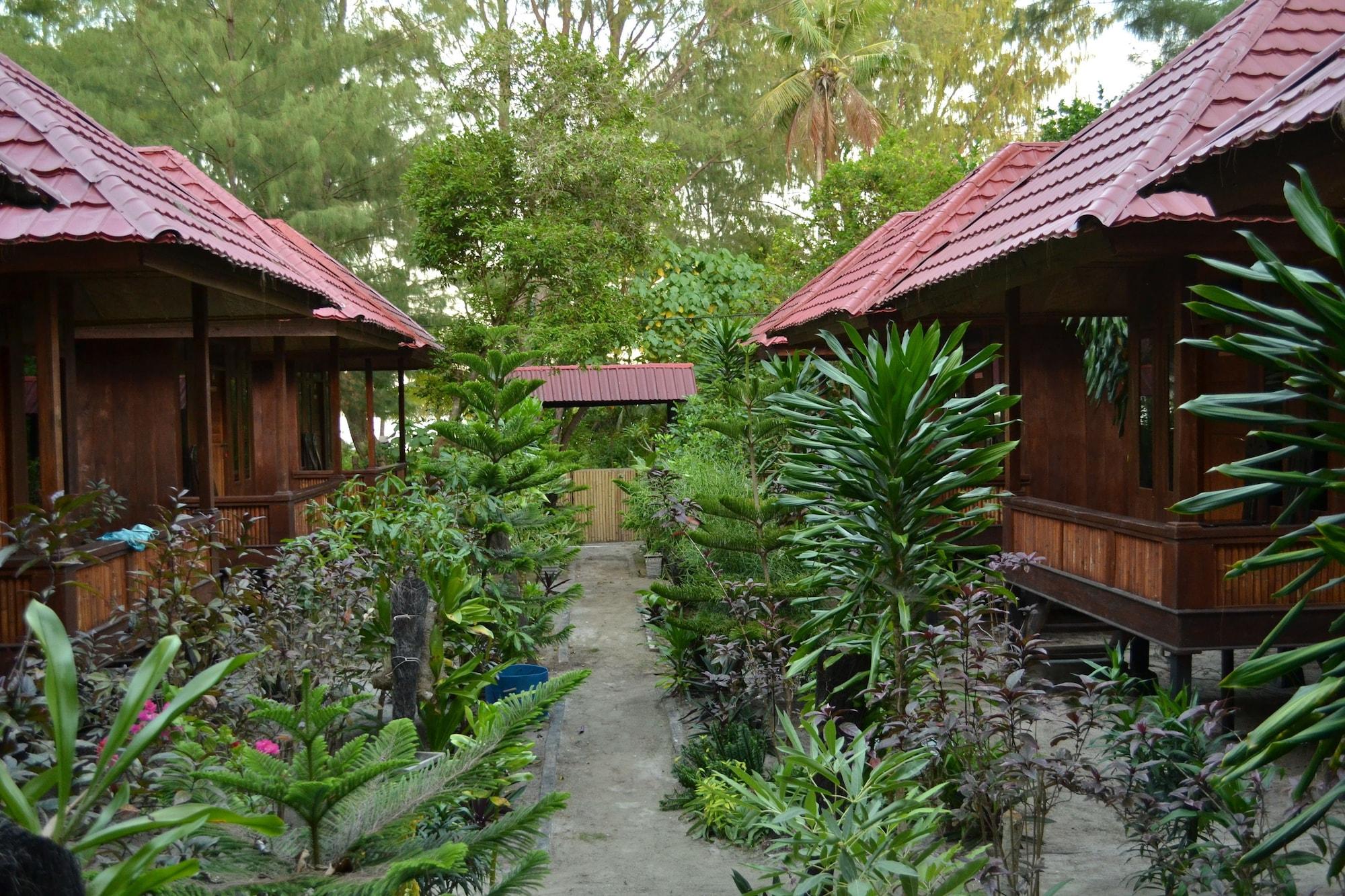 Hoga Dive Inn Wakatobi, Wakatobi
