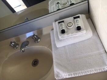 Bathroom at Prospect Hotel Motel in Prospect