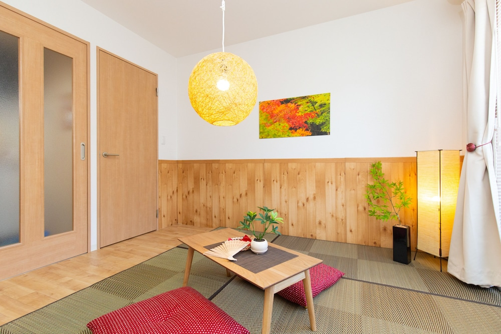 Nana iro house in Osaka 301