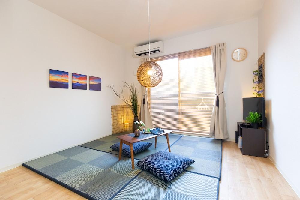 Nana iro house in Osaka 302