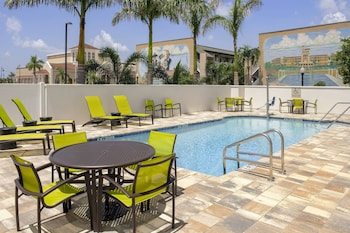 蓬塔戈爾達港濱萬豪春季山丘套房飯店 SpringHill Suites by Marriott Punta Gorda Harborside