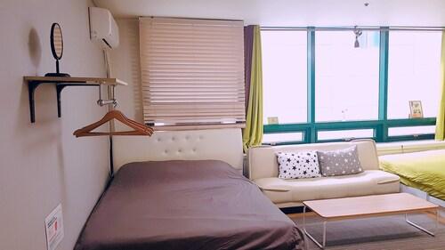 Hongdae Hommy House, Seodaemun
