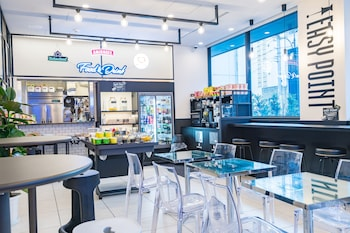 ICI HOTEL KANDA BY RELIEF Cafe