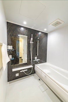 ICI HOTEL KANDA BY RELIEF Bathroom