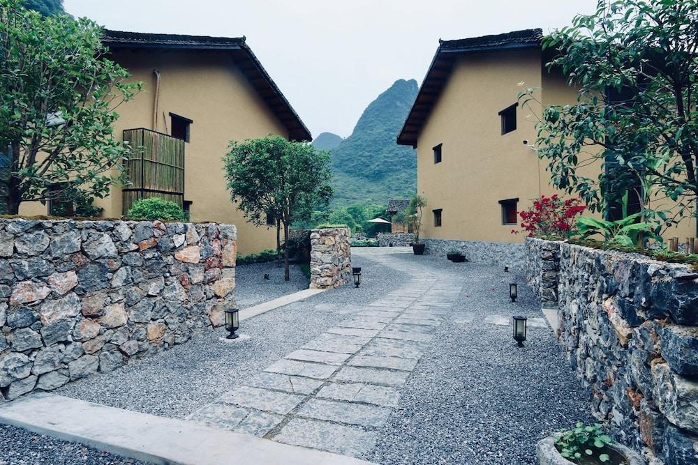 ビジョン ホテル