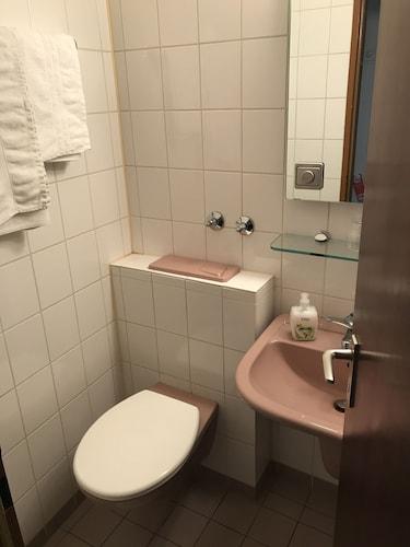 Hotel Cafe Kinnel, Offenbach