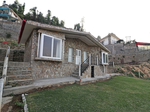 OYO 14265 Indus Valley View 2 BHK, Nainital