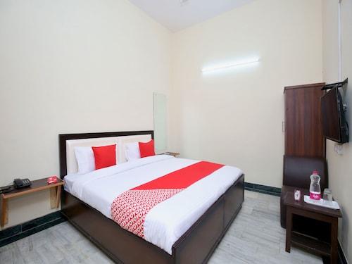 OYO 14326 Hotel D Plaza, Sahibzada Ajit Singh Nagar