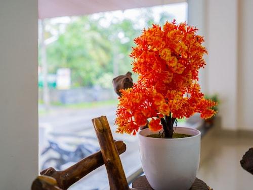 OYO 14866 Home Elegant Stay Kochi Airport, Ernakulam