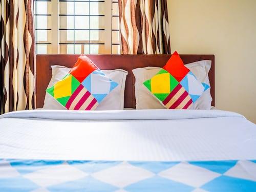 OYO 15023 Home Comfort Stay Fort Kochi Beach, Ernakulam
