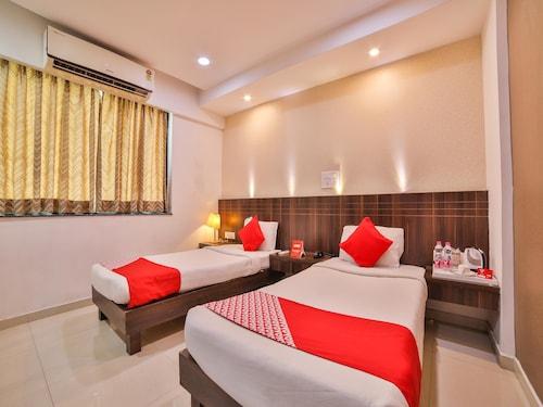 OYO 1019 Hotel Flora Inn, Nagpur
