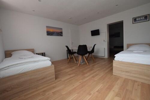 . AB Apartment 81