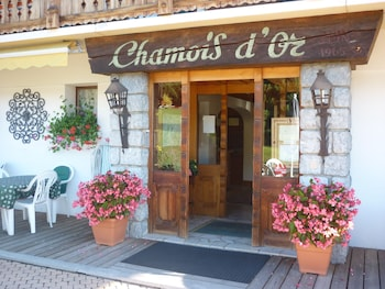 Hotel - The Chamois d'Or